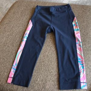 Lilly Pulitzer work our capris, Sz S